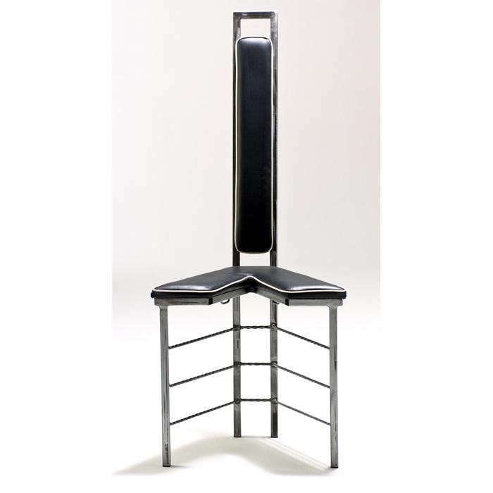 The Split-V Bondage Chair